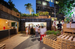 Café a Melbourne ha fatto con i pallet