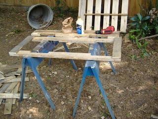 Costruire una fioriera con i palletmobili con pallet for Costruire fioriera legno