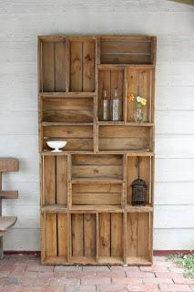Costruzione libreria con pallet in legnomobili con pallet - Mobili con bancali in legno ...