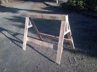 costruire un cavalletto con pallet di legno
