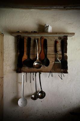 Appendiabiti rustico per i vostri utensili da cucina