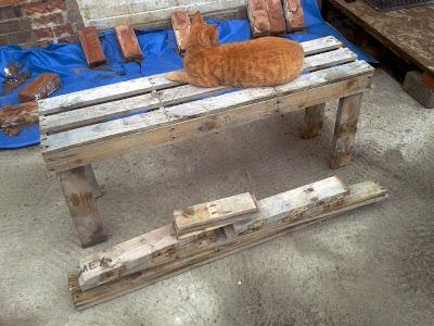 Bauen benchs mit Paletten4