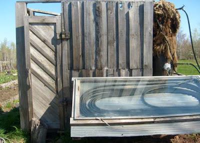 Costruire una doccia solare con i palletmobili con pallet for Progettazione passiva della cabina solare