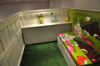 Gioca casa per i vostri bambini fatti di pallet di legno 2-3
