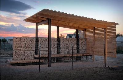 Mobili con pallet centro di produzione agricola costruita su pallet di legno riciclato4