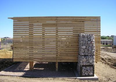 Mobili con pallet centro di produzione agricola costruita su pallet di legno riciclato6