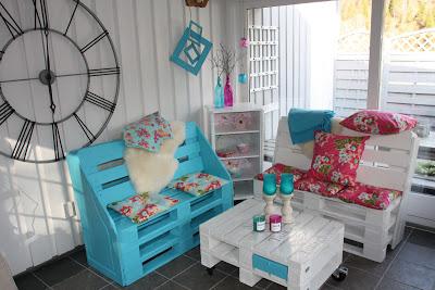 Poltrone e tavolino per decorare un angolo della vostra casa