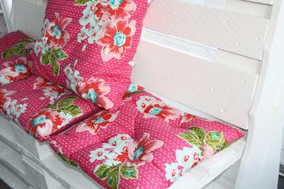Poltrone e tavolino per decorare un angolo della vostra casa5