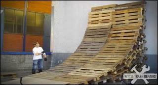 Circuito biciclette costruite con bancali di legno6