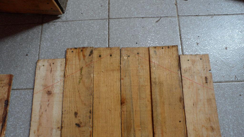Costruire una cuccia pallet con scatole da fruttomobili for Dischi di legno