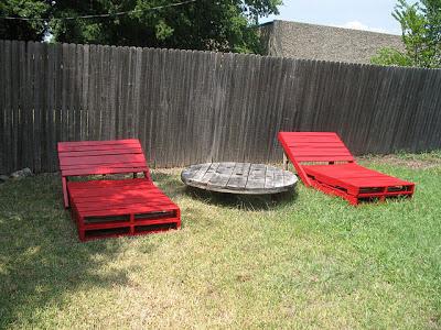 Costruire una sdraio ( chaise long) per il vostro giardino con i pallet