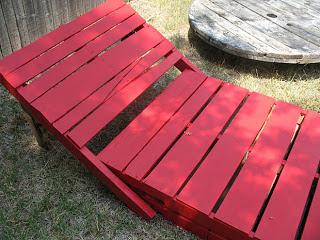 Costruire una sdraio ( chaise long) per il vostro giardino con i pallet9