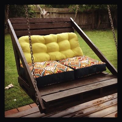 Costruzione di uno swing divano facile da fare con for Divani in pallet
