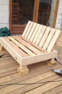 Decoy construcción mobili con pallet riciclati2