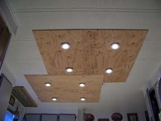 Illuminare in una cucina con tavole pallet di legno3