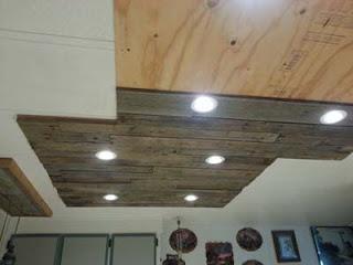 Illuminare in una cucina con tavole pallet di legno8