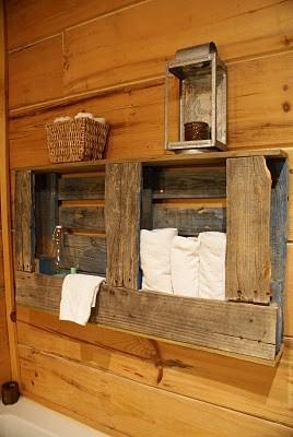 Portasciugamani rustico per la vostra stanza da bagno fatta di pallet di legno