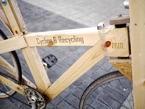 Una bicicletta fatta di pallet di legno !3