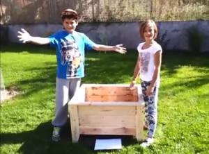 Video-guida su come costruire una fioriera con i pallet