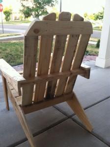 mensola per libri e sedia per esterni realizzata in pallet6