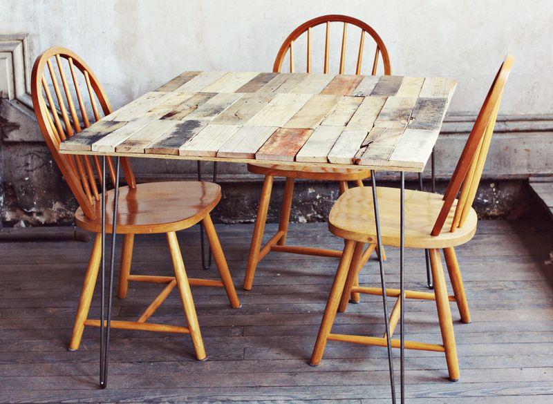 Come fare un tavolo rustico vintage con tavole - Tavolo fai da te con bancali ...