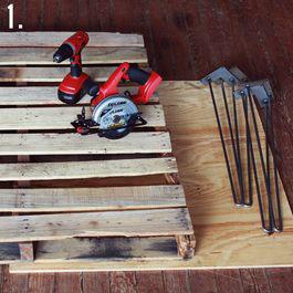 Come fare un tavolo rustico -vintage con tavole pallet (4)