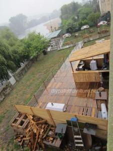 Pavimenti semplice realizzato con pallet di legno8