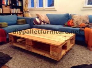 Tavoli galleggiante con i palletMobili con Pallet  Mobili con Pallet