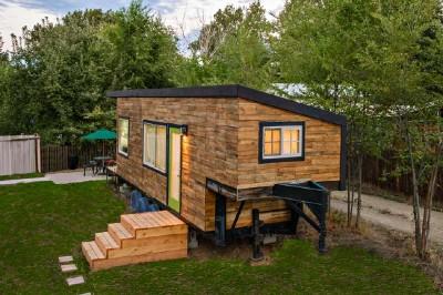 Casa costruita con assi di pallet di legno a meno di € 10.000 ( $ 12.000 ) 5