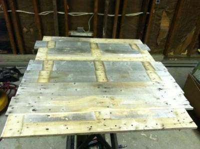 Fare un tavolo con solo legname per paletti 2