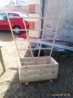 Il piantatore di Manou realizzato con pallet2