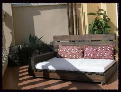 Come fare un divano chaiselong con i pallet spiegazione e piani 1