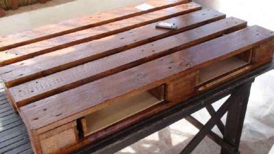 Come fare un tavolo da caffè vintage 8