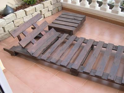 Come fare una sedia a sdraio con i pallet, i disegni e le istruzioni