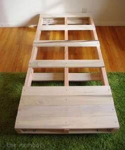 Costruire un letto per i vostri bambini con pallet 3