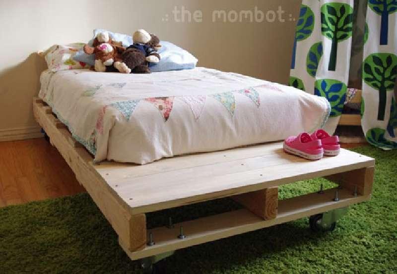 Costruire un letto per i vostri bambini con palletmobili - Costruire letto ...
