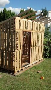 Il cottage giardino fatta con pallets di Curt6