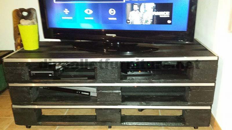 Eccezionale Come fare un mobile TV in modo semplice e veloceMobili con Pallet  DD42