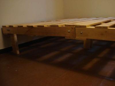 Processo di progettazione per la struttura di un letto con pallet3