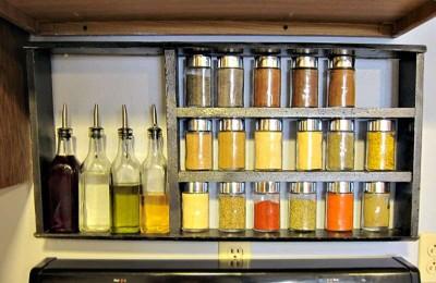 Costruire uno scaffale per le specie da cucinamobili con - Scaffale per cucina ...