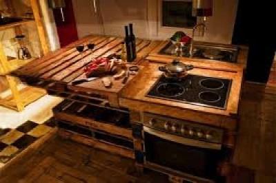 10 disegni cucina incredibili realizzati con pallet5