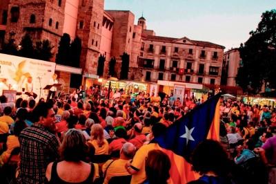 Chioschi e strutture fatte di pallet per la Setmana del Llibre en Català7