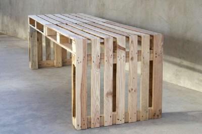 Costruire un grande tavolo con soli 4 pallet1