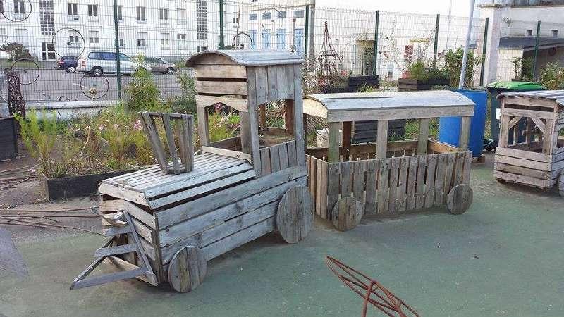 Id es d tourn es ci mostra la sua arte fatta con palletmobili con pallet mobili con pallet - Juegos de jardin con tarimas ...