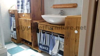 Mobili da bagno realizzato interamente in pallet6