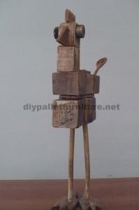 Sculture di uccelli realizzate con blocchi di pallet e tavole2
