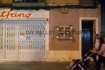 Un piantatore pallet per decorare l'ingresso della vostra casa1