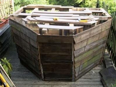 Una nave pirata realizzata con pallet3
