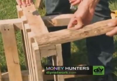 Video didattico di come fare una sedia adirondack con un pallet 5