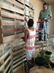 Casa de Adoración y Restauración a Puerto Rico, usa 22 pallet per costruire uno scenario3